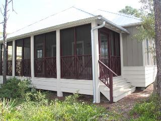 Beautiful Cottage-4 min walk to Beach! Frm $125nt - Seaside vacation rentals