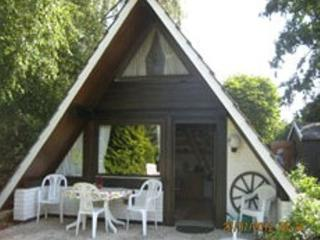 Vacation Home in Butjadingen - 431 sqft, modern, renovated, comfortable (# 4635) - Lower Saxony vacation rentals