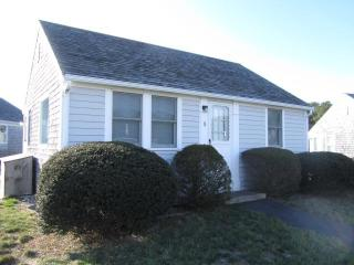 "Cute 2 Bedroom ""Wellfleeter"" Cottage (1656) - Cape Cod vacation rentals"