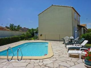 Benitour ~ RA42248 - Montpellier vacation rentals