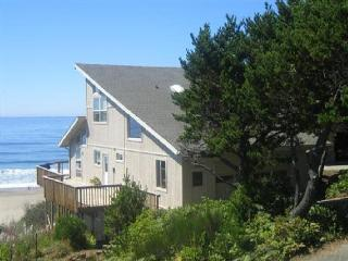 ANNAS BEACH HOUSE - Lincoln Beach, Depoe Bay - Depoe Bay vacation rentals