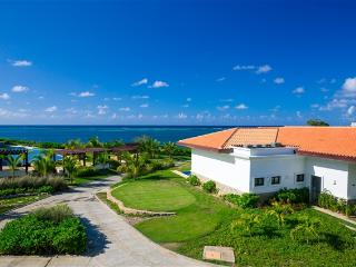 Pristine Bay Villas 106 143 - Bay Islands Honduras vacation rentals