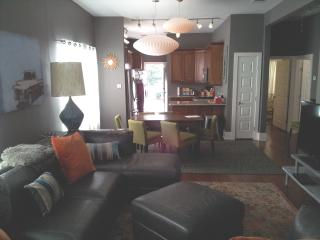 Home with contemporary updates in King William historic district - San Antonio vacation rentals