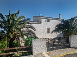 JAMES (Playa Santa Lucia) ~ RA21515 - L'Ampolla vacation rentals