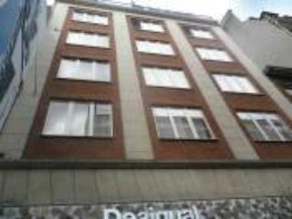 Manneken ~ RA39580 - Brussels vacation rentals