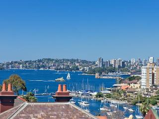 Convenient Harbour side Kirribilli  stunning views - Sydney vacation rentals