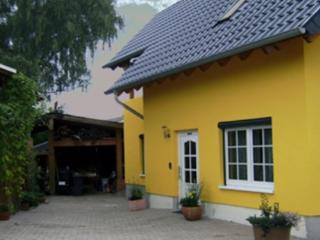 LLAG Luxury Vacation Home in Pohl - 753 sqft, modern, spacious (# 4718) - Koblenz vacation rentals
