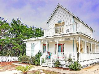 Crystal Cottage - Book Online! 500 ft to Crystal Beach! Low Rates! Buy 3 Nights or More Get One FREE! - Destin vacation rentals