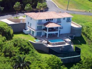 6 bedroom House inside Wyndham Resort Spa & Casino Breathtaking views, basketball court, game room &  Pool /  VILLA PAONESSA - El Yunque National Forest Area vacation rentals