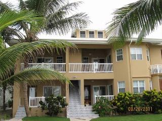 Beachfront 3 bedroom Condo, San Pedro Belize - San Pedro vacation rentals