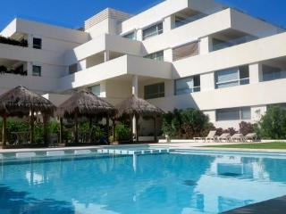 Paradise Found - Puerto Morelos  Beautiful Beach Condo only 100 steps from the beach - Puerto Morelos vacation rentals
