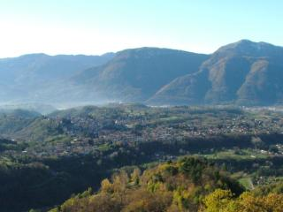 A House with a View in Ancient Tuscan Village. - Barga vacation rentals