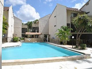 Refreshing 2 bed 2 bath Siesta Key vacation rental - Siesta Key vacation rentals