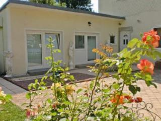 Vacation Apartment in Munich - 753 sqft, bright, comfortable (# 4726) - Munich vacation rentals