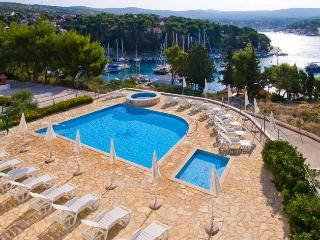 Exclusive beach apartment with swimming pool, Cro - Milna vacation rentals