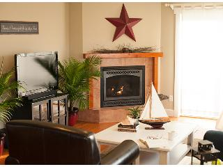 Cozy Harbor Cottage, A Whidbey Island Favorite - Coupeville vacation rentals