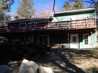 Camp Juniper In Cute Lake Community - Green Valley Lake vacation rentals