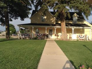 Victorias Bed and Breakfast - Parowan vacation rentals