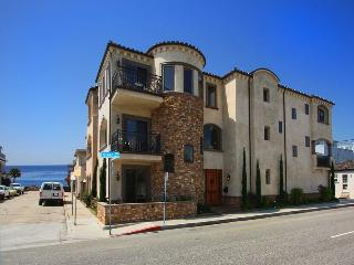 Peninsula Castle - 6424 E. Ocean Blvd - Long Beach vacation rentals
