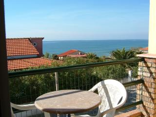 2 sea view Apartments X 4 beds on Corfu island - Kavos vacation rentals