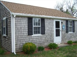 Clean Cozy Cape Cod Getaway - 52 C South Sea Avenue - West Yarmouth vacation rentals