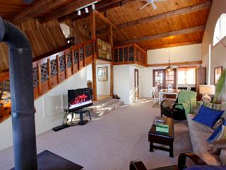 Red Dog Inn cottage (#815) - Sundridge vacation rentals