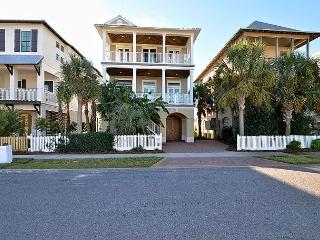 Elegant 4 bedroom home located on Lake Christina, with Gulf view's - Destin vacation rentals