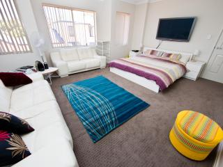Hotel experience near city/airport - Perth vacation rentals