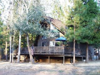 Yosemite - Pine Mountain Lake - Groveland - Cabin - Gold Country vacation rentals