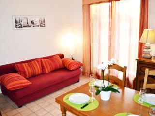 Apartment 6 people - Between Paris and Disneyland - Noisy-le-Grand vacation rentals