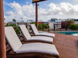 Comfy Flat with Jacuzzi and swimming pool H104B - Playa del Carmen vacation rentals