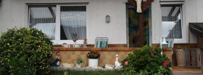 Vacation Apartment in Kröv - 409 sqft, quiet, sunny, comfortable (# 4746) - Krov vacation rentals