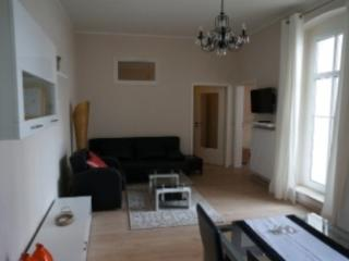 Vacation Apartment in Naumburg - 753 sqft, central, quiet, new (# 4749) - Saxony-Anhalt vacation rentals