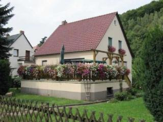 Vacation Home in Königstein (Saxony) - convenient, sunny, natural (# 4755) - Koenigstein vacation rentals