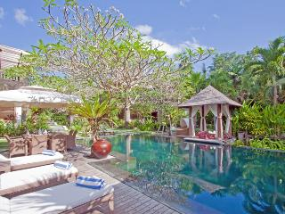 Arwana, Luxury 3/4 Bed Villa, 10 min to Seminyak - Umalas vacation rentals