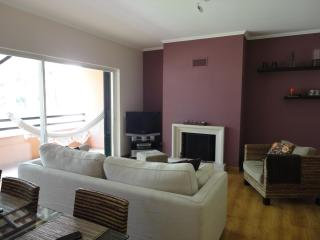 2 Bedroom Apartment Golf Aroeira Resort - Charneca da Caparica vacation rentals