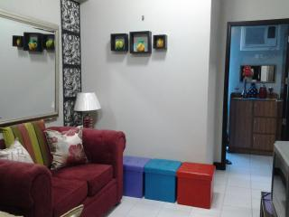 Chateau Elysee  2 condo  at Paranaque, Philippines - Paranaque vacation rentals