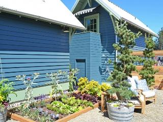 Sunset Idea Home - OCEANFRONT - Pacific Beach vacation rentals