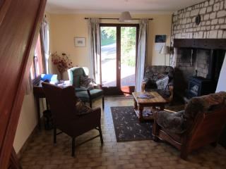 Quiet, well equipped cottage with large garden. - Picardy vacation rentals