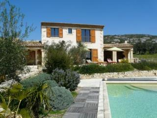 Beautiful Luxurious Provencal Mas in the Alpilles - Robion vacation rentals