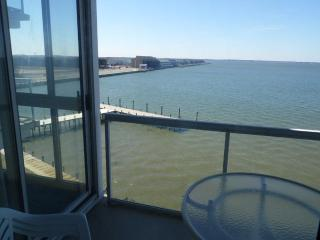2Br. Bay  Front at 32nd Street.  Friday to Friday Book Online for best rates! - Ocean City vacation rentals