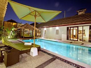 Villa Ava 2 and 4 (4 bedroom) - West Sulawesi vacation rentals