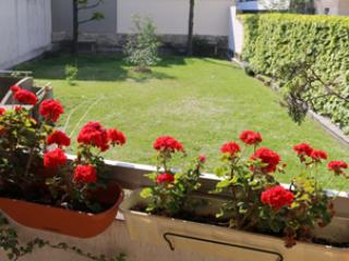 COSY STUDIO WITH BALCONY/PARIS/CANAL/ DISCOUNT NOW - Pantin vacation rentals