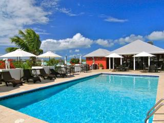 Neptune Villas - Canal View at Chalk Sound, Turks and Caicos - Walk to the Beach! - Turks and Caicos vacation rentals