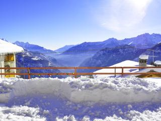 Torgnon, Cosy apart with stunning view over Alps! - Torgnon vacation rentals