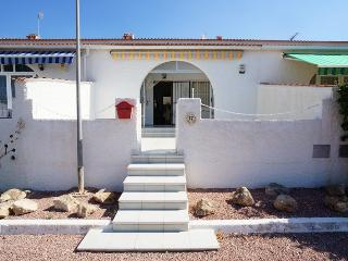 Cheap terraced house in La Siesta, Torrevieja - Torrevieja vacation rentals