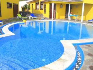 Luxury holiday villa on Madeira  with private pool and barbecue - PT-1075623-Garajau-Caniço - Madeira vacation rentals