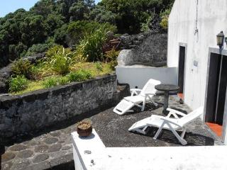 Holiday house in the Azores for up to 8  people with shared pool - PT-1075641-Lajes do Pico - Northern Portugal vacation rentals