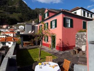 Holiday House in Madeira for up to 8 people  with sea view, only 300 meters to the beach - PT-1075726-Seixal / Porto Moniz - Madeira vacation rentals