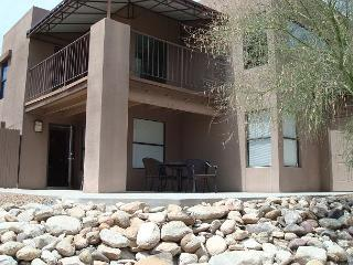 Charming 2 bedrm (with den) Gorgegous mountian views-Southwest inspired decor - Tucson vacation rentals